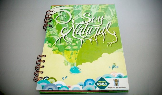 Cuadernos Ecologicos campaña soy natural alcaldia de medellin