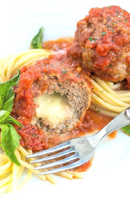 Low FODMAP Recipe and Gluten Free Recipe - Beef & mozzarella meatballs    http://www.ibs-health.com/low_fodmap_beef_mozzarella_meatballs.html