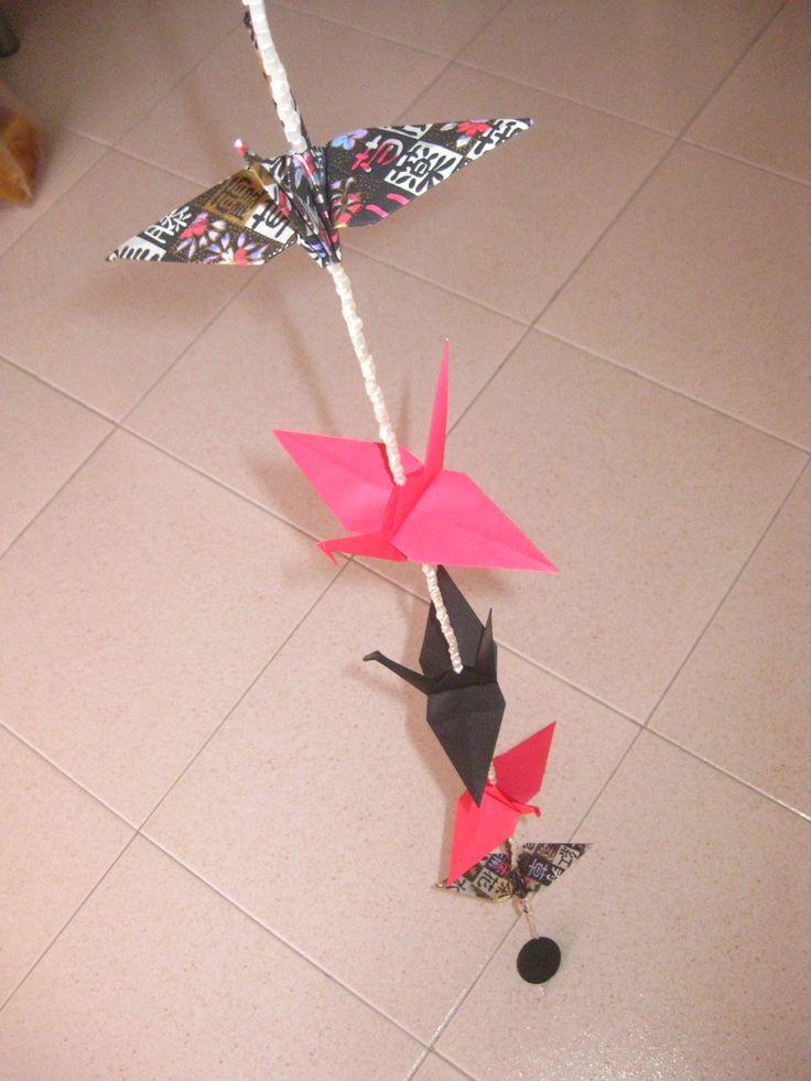 Origami Dreamcatcher | Caçador de Sonhos Japanese paper More info: https://www.facebook.com/oficinaa6shop