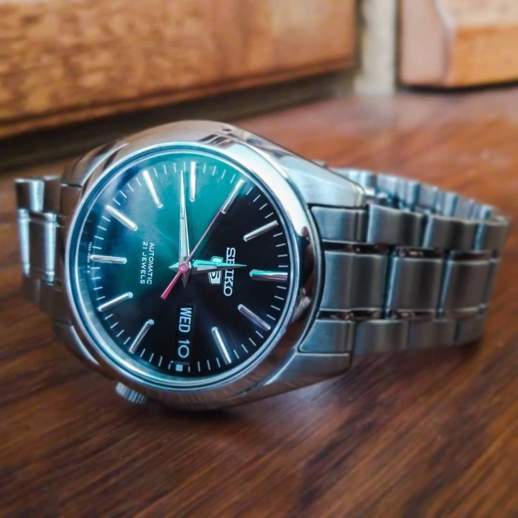 Birthday gift for my dad — little but so classy Seiko 5.