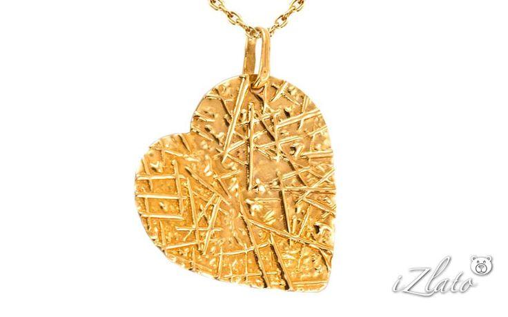 Zlatý prívesok gravírované srdce