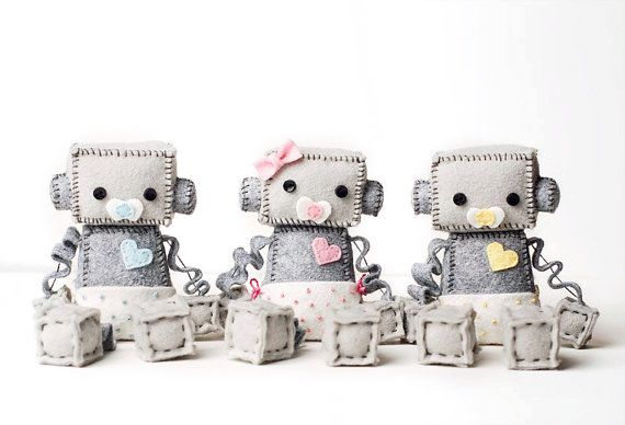 Baby Robot in een luier met fopspeen Pick jongen of meisje - roze, blauw of geel, Geek babygift Robot kwekerij Decor