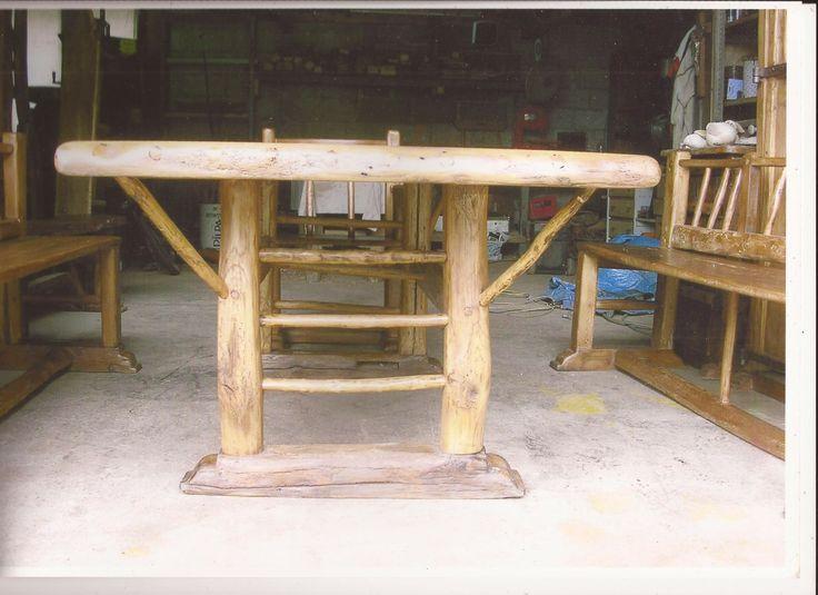 plus de 1000 id es propos de meuble de art montagnard sur pinterest c ble enrouleur de. Black Bedroom Furniture Sets. Home Design Ideas