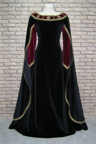 This is another clothing Lady Macbeth would wear because she would want to dress nice and look superior than everyone else.