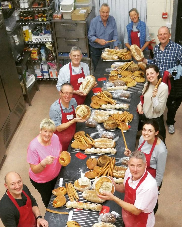#realbread making class today showing off their breads.  #christmas class next week 2 places available to book http://ift.tt/2gMXcUs. #burscough #bakingclass #foodandfarming #merlinsbakerycafe #ormskirk #realfood #SLOWFOOD #burscough #STbestbakeries #sourdough