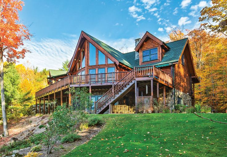 Based off of a company's most popular stock plan, the customized Black Bear Lodge led the pack of log homes as the 2017 Readers' Choice Home of the Year.