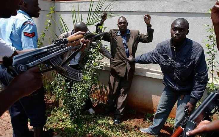 En julio de 2014, militantes vestidos con uniformes de la policía atacaron varias aldeas cristianas, asesinando brutalmente a un hombre cristiano que descubrieron.