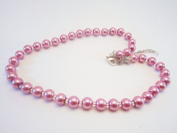 Vintage pink bead necklace NEWUSEDVINTAGE by NewUsedVintage, $8.00