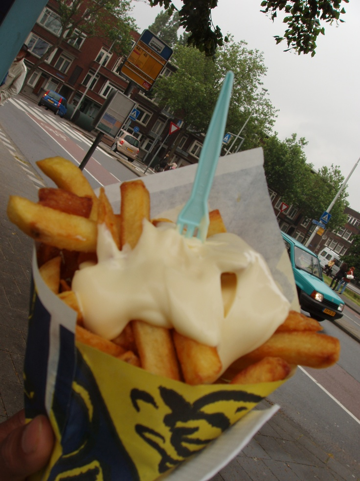 The Dutch way of fries ... patat met!