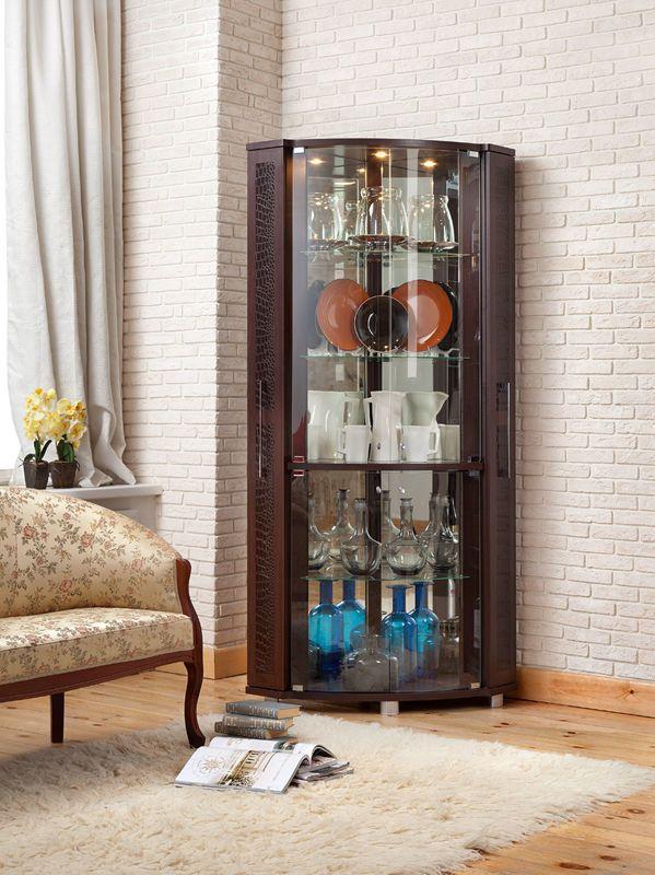 Угловой вместительный домашний бар. Этот предмет придуман «Уфамебелью» для самых гостеприимных. Кроме того, такая мебель всегда актуальна в современном интерьере и ограниченном пространстве.