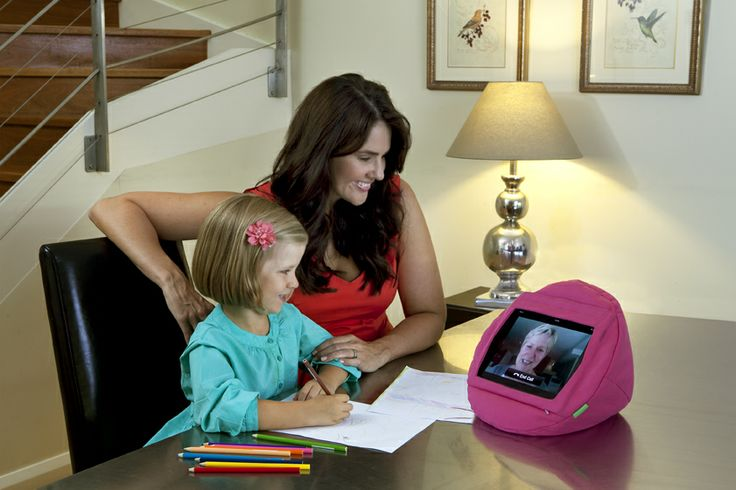 The original pretty in pink tabCoosh. Making skype with family and friends easier