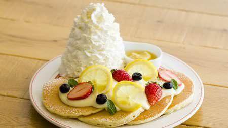 レモンやクリームチーズソースが爽やかエッグスンシングスに店舗限定Anniversaryパンケーキ
