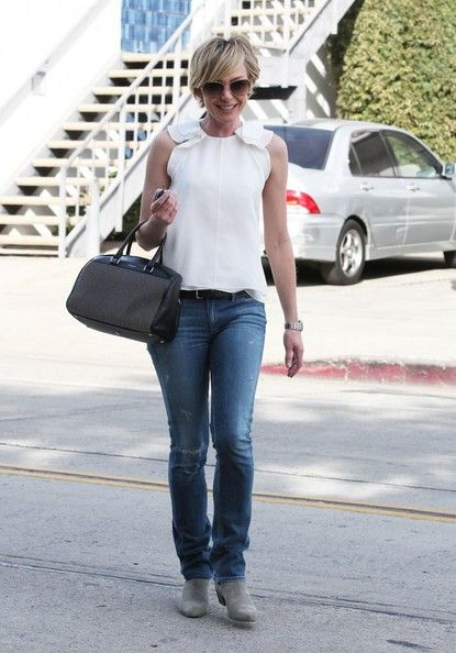 Portia de Rossi - Portia de Rossi Is All Smiles in Hollywood