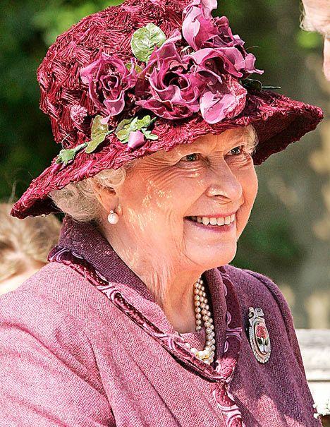 Queen Elizabeth in her Easter Bonnet...
