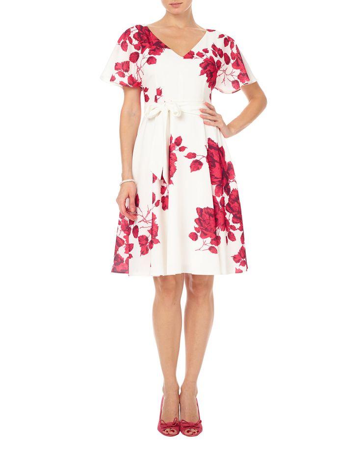 Vintage Bride ~ Mother of the bride ~ Cream Alice Dress by Phase Eight ~ [vintagebridemag.com.au] ~ #vintagebride #vintagewedding #vintagebridemagazine #motherofthebride #motherofthegroom