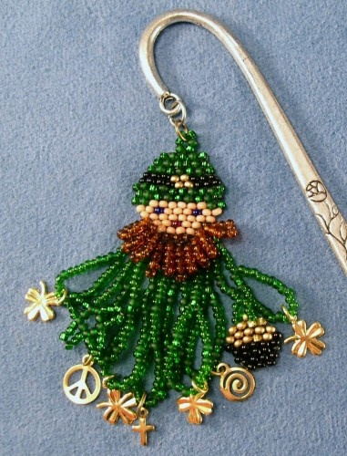 Irish Lucky Leprechaun Beaded Gold 4 leaf clover Bookmark or Necklace