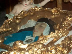 Above is a photograph of the incorrupt body of Venerable Mary of Agreda reposed in the Church of the Conceptionists Convent in Agreda, Spain. Description from selfhealgo.com. I searched for this on bing.com/images