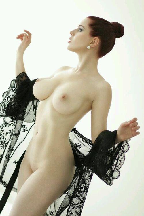 gorgeous-european-women-nude