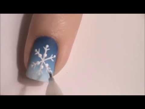 Новогодний маникюр. Снежинки на ногтях. видео урок в домашних условиях - YouTube