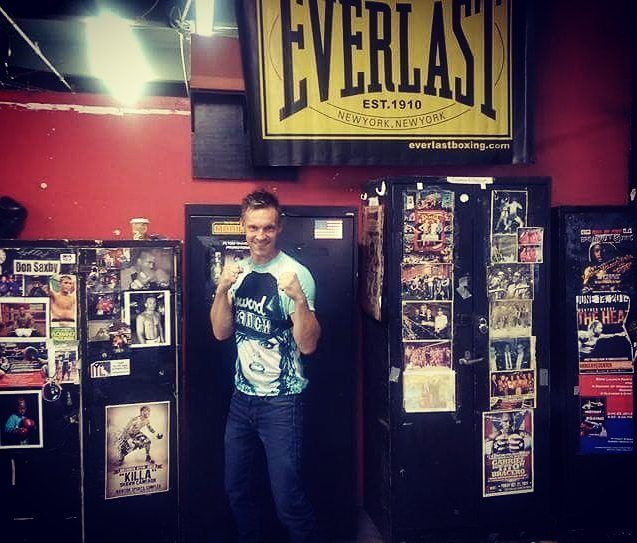 Home of Champions @gleasonsgym during a visit some time ago... Love this place  #boxinggym #fitness #fitnessmotivation #boxing #fighter #boksing #everlast #gym #champions #me #selfie #travel #traveling #travelblog #travelblogger #brooklyn #newyork by punchguru http://bit.ly/AdventureAustralia