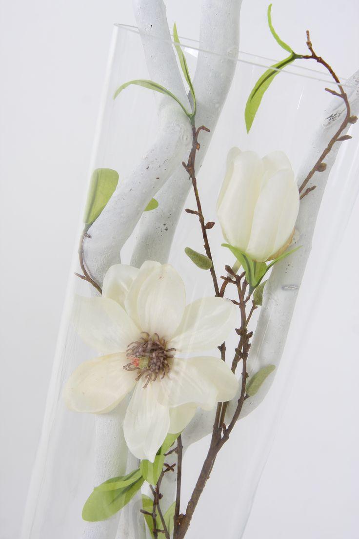 decoratietakken en bloem te verkrijgen op webshop www.decoratietakken.nl