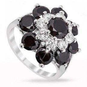 Admira eleganta inelelor fashion Safiria !  http://www.safiria.ro/inel-glamour-cu-pietre-semipretioase-onix-placat-cu-aur-alb-10k-si-cristale-p216