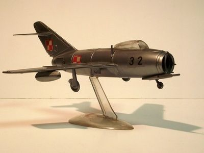 MIG-15 by ZP Ruch. Details: http://pufiland.weebly.com/planes.html