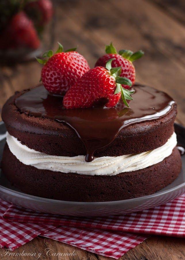 Tarta de chocolate, fresas y nata   Cocina
