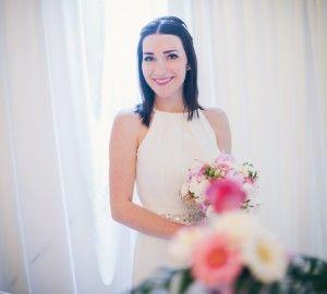 bukiet-ślubny-z-piwonii #wedding #bride #peonies #whitedress #flowers #bridalbouquet