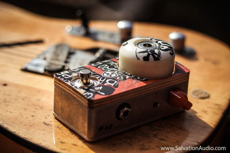 ToneWheel Boost by Salvation Audio (www.salvationaudio.com) made of skateboard parts. Users: Smashing Pumpkins, Guns 'N Roses, The Dead Daisises etc...  #SalvationToneWheel #ToneWheel #Booster #SalvationMods #Skateboard #Telecaster #GuitarPedal #recycled