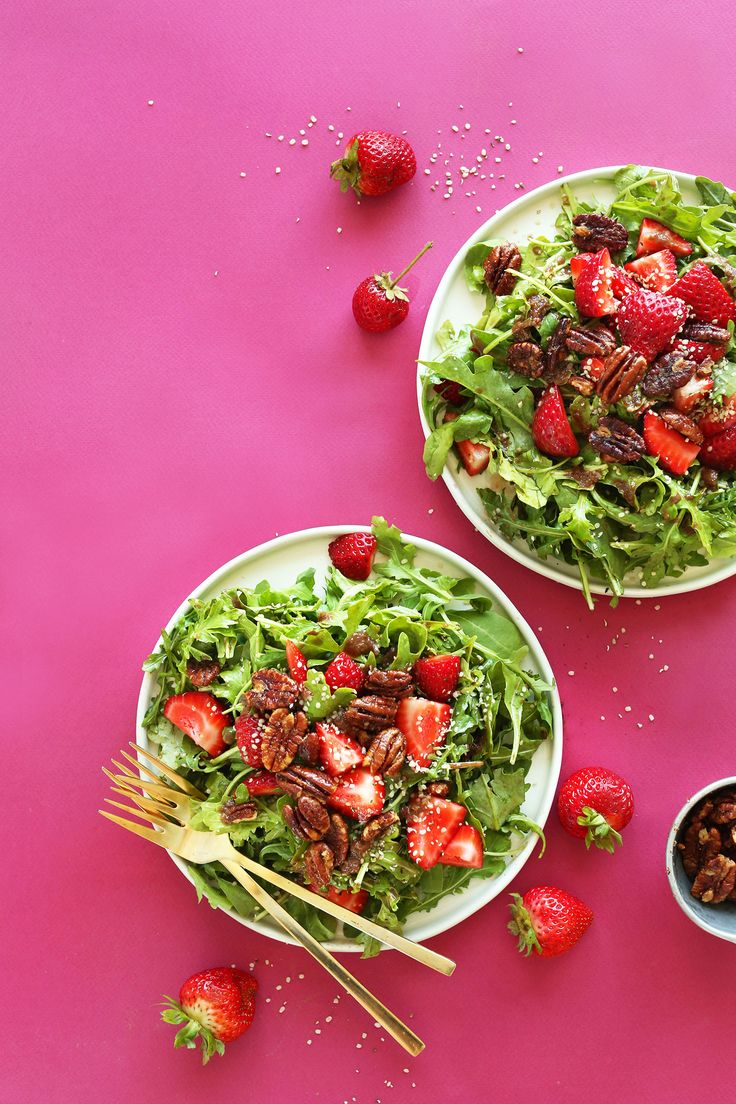 Strawberry Arugula Salad with Hemp Seeds and Brown Sugar Pecans from @minimalistbaker