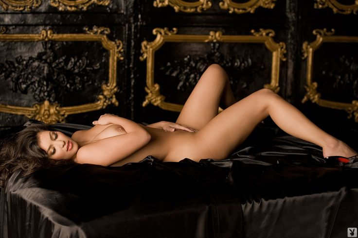 25 Unreleased Kim Kardashian Playboy Pictures..Is Miles Austin Pleased? | Robert Littal Presents BlackSportsOnline