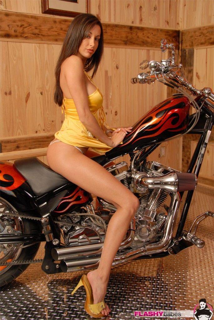 Nadia ali sexy girl-4221