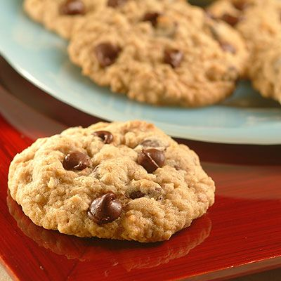 I Just Made These Quaker Chewy Choc-Oat-Chip Cookies! They are amazing! So good...I just finished my third :)