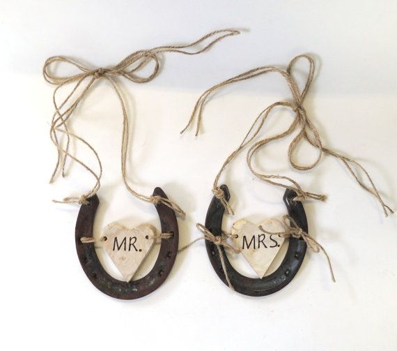 horseshoes wedding chair signs - How to Plan a Western Themed Wedding