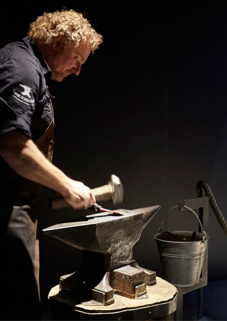 Reflecting Gaggenau's past as an ironworks, the EuroCucina 2016 booth featured an authentic forge and live demonstrations of traditional methods by blacksmith Tom Carstens.