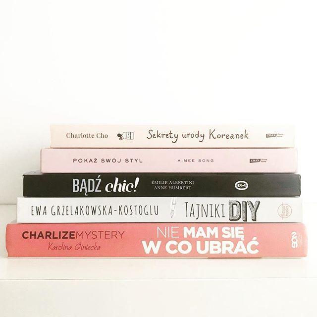 #books #sekretyurodykoreanek #tajnikidiy #bądźchic #pokażswójstyl #niemamsiewcoubrac #charlottecho #aimeesong #redlipstickmonster #ewagrzelakowskakostoglu #charlizemystery #emiliealbertini #annehumbert #decor #homedecor #homesweethome #like4like #likeforlike #l4l