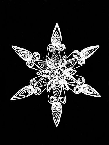 quilled snowflake tutorial | with a beautiful variation at the end of the article  *
