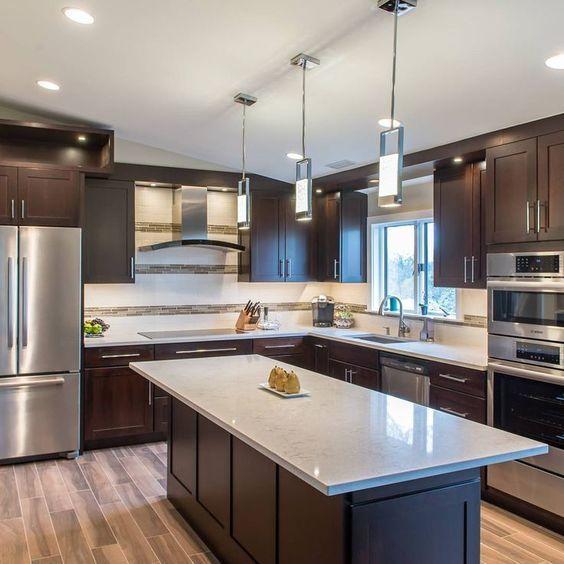 Mid century modern Kitchen. Design by Rayan James