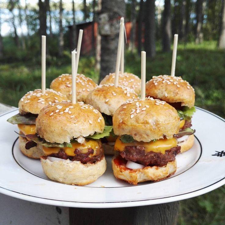#minihamburgers #itetein #suomenkesä #järvisuomi #järvimaisema #loma