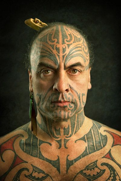 Soph, House Of Satori: This is a photo of George Nuku,Maori master carver, sculptor artist and bearer of Ta Moko (traditional Maori tattoo).  Pacific and Aotearoa / New Zealand.