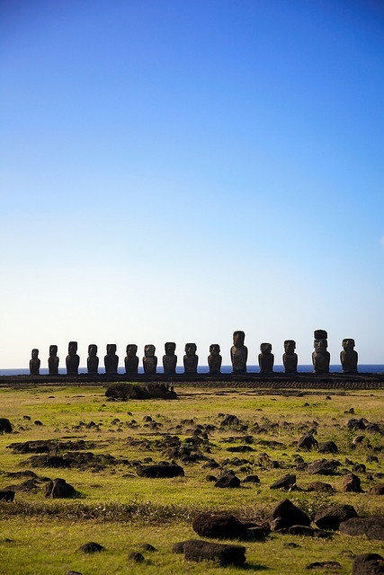 Moai, or mo'ai, are monolithic human figures carved by the Rapa Nui people from rock on the Chilean Polynesian island of Easter Island between the years 1250 and 1500