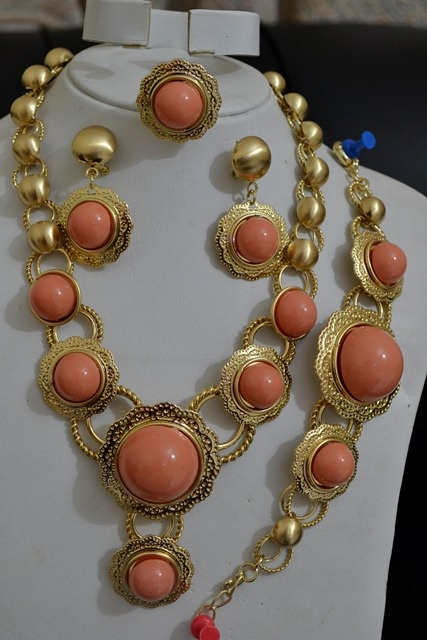 https://www.facebook.com/fellycollectionjewellery
