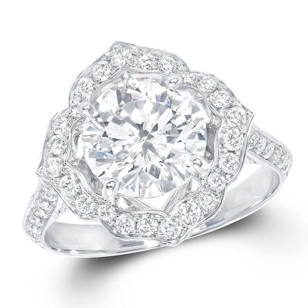 ザ・グラフ スターフラワー - GRAFF(グラフ)の婚約指輪(エンゲージメントリング)インポートのエンゲージリング・婚約指輪まとめ一覧♡