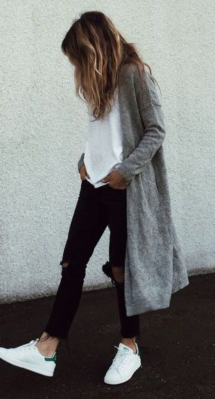 fall fashion gray coat ripped denim