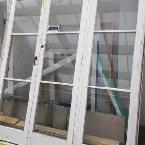Frame glass doors | Freestuff