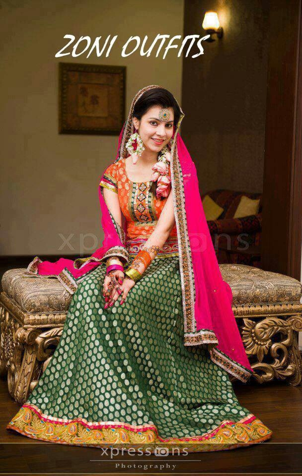 Mehndi Ceremony Attire : Love the dress for henna ceremony indian brides