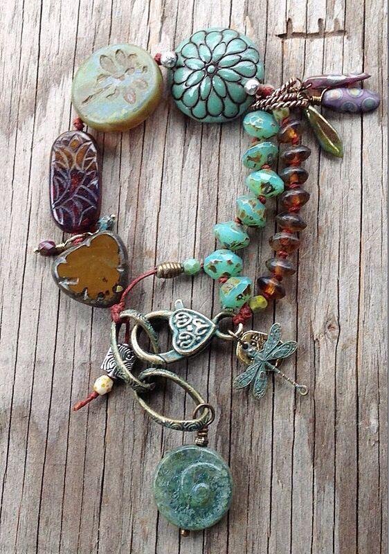 I+love+beaded+bracelets+and+dangling+charms+%e2%99%a5+The+earthy%2fboho+look+really+appeals+to+me.