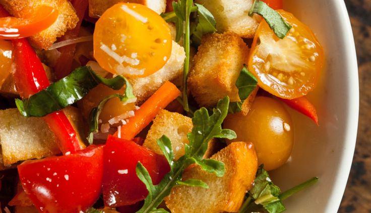 Panzanella is een van onze favoriete koude gerechten uit de Italiaanse keuken. Een perfect voorbeeld van…