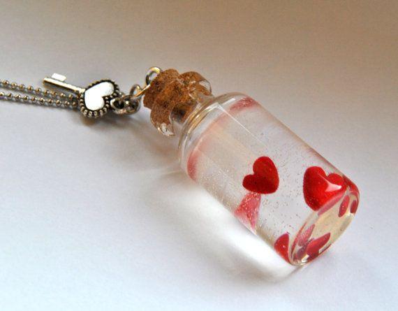 Collana AMORE IN BOTTIGLIA con bottiglia di vetro di Minervastyle